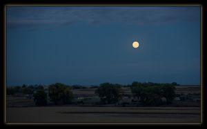 Moonrise_IMG_2259.jpg